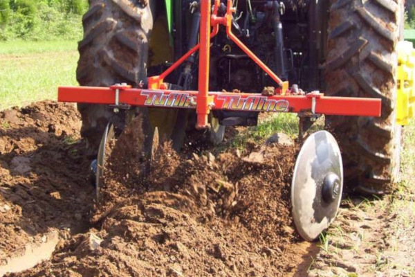 Tufline | Specialty Equipment | Model Row Disc Bedders for sale at Evergreen Tractor, Louisiana