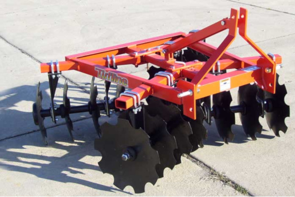 Tufline TME Series Economy Tandem Lift Disc Harrows for sale at Evergreen Tractor, Louisiana